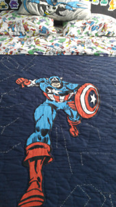 Pottery Barn : Captain America Quilt and Bedsheets (Queen)