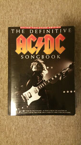 DEFINITIVE ACDC SONGBOOK 800 PAGES w/guitar tablature and lyrics