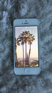 White 16GB iPhone 5 - Great condition