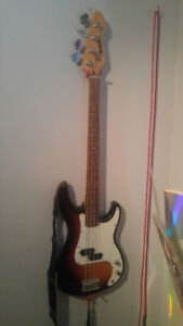 Peavy   Bass   and   Amp