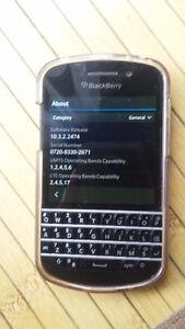 BlackBerry Q10, Unlocked, Works W/ Wind, SQN100-5 Kitchener / Waterloo Kitchener Area image 2