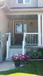 Exclusive 3BD Townhouse For Rent in SOUTH EAST of Barrie