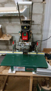 >>> Grizzly Hinge Boring Machine 9/10 for BLUM