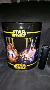AWESOME LARGE STAR WARS METAL CANS SHOWS ALL 6 MOVIES!!!!!!!!!!! London Ontario image 4