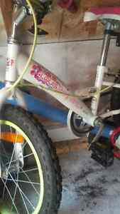 Meile girls bike with training wheels