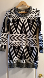 2 GORGEOUS Sweater Dresses (Size Sm)