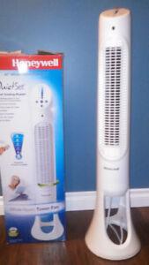 HONEYWELL Oscillating Fan