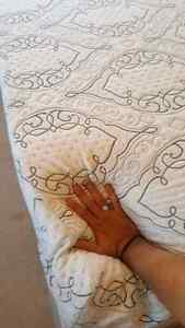 Queen size foam bed and box Windsor Region Ontario image 1