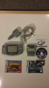 GameBoy Advance Glacier Blue with accessories / games see descr.