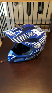 Équipement complet de motocross 500$