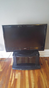 Toshiba flat screen TV with stand