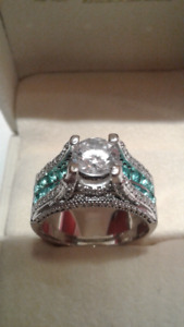 Ladies Ring Size 10
