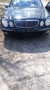 2003 E500 sport amg in excellent condition