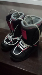 Womens' Size 8 snowboard boots