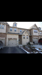 Immaculate Eastend Townhouse