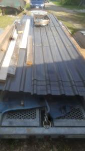 Steel roofing and steel pillars