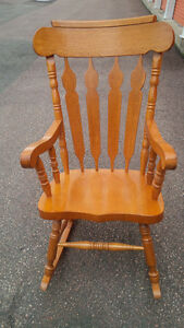 Solid wood large rocking chair