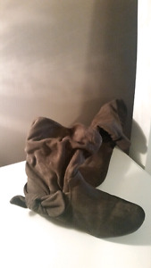Size 7 and a half aldo boots