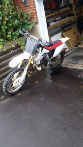 2004 crf250r for parts for sell as complete