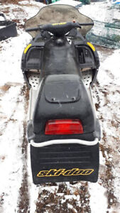 MXZ 800 Ski Doo (Very Good Condition)