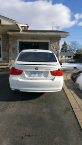 2010 BMW 323i *** Mint condition***.