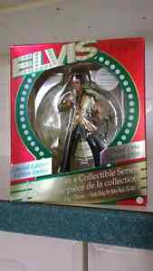 Elvis Collectible Figurine - Christmas 1996