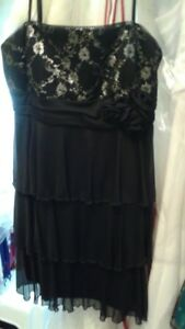 Black & Silver Ladies Short Prom Cocktail Party Dress  Size 6/8