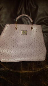 Brand NEW Never used ladies purse.