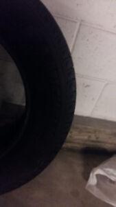Pneus d hiver usagés Michelin 215/70 R 16