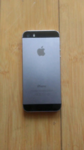 Apple iphone 5s, 16gb, icloud locked, as is, for parts