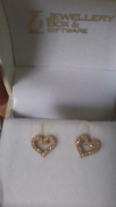 Gold diamond tiny heart earrings