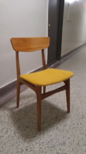 ***VINTAGE*** Teak Dining chairs