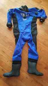 """Dry Suit & Thermal Undergarmet (Sized for 5'5"""" person) for Sale"""
