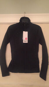 Lulu Lemon Run for Cold Jacket