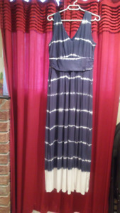 Excellent condition womens' clothing