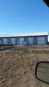 Shop Bays for rent in Kindersley