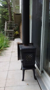 Jotul F 602 Woodstove with Chimney