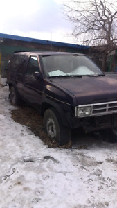87 NISSAN pathfinder 4x4 2DR project