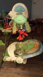 Fischer Price Rainforest Bouncer, Swing and Playmat Cambridge Kitchener Area image 2