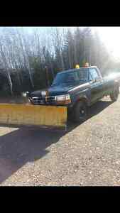 1995 Ford F-150 Pickup Truck with plow