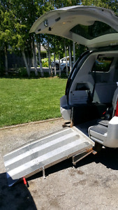 2010 Grand Caravan Wheelchair Van