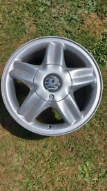 Vauxhall 5 stud alloy wheel collection only.