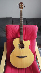 Basse Acoustique Takamine + soft case (model EG512CG)