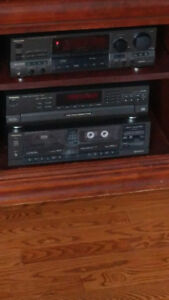 Technics Stereo System  Excellent Condition