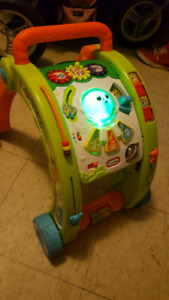 Baby play table/walker