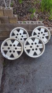 Set of 4 GM Alloy wheels
