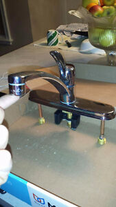 5 years old Moen Kitchen Faucet with brand new water supply