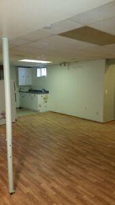 ~our 1 Bedroom Basement Located at 19 Neilson Cres~