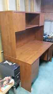 Office Desk with Hutch Cambridge Kitchener Area image 2