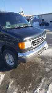 2006 Ford E-350 Super Duty Diesel mint condition